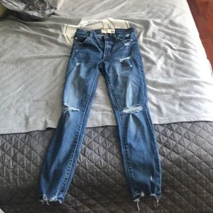 Garage Size 01 Jeans